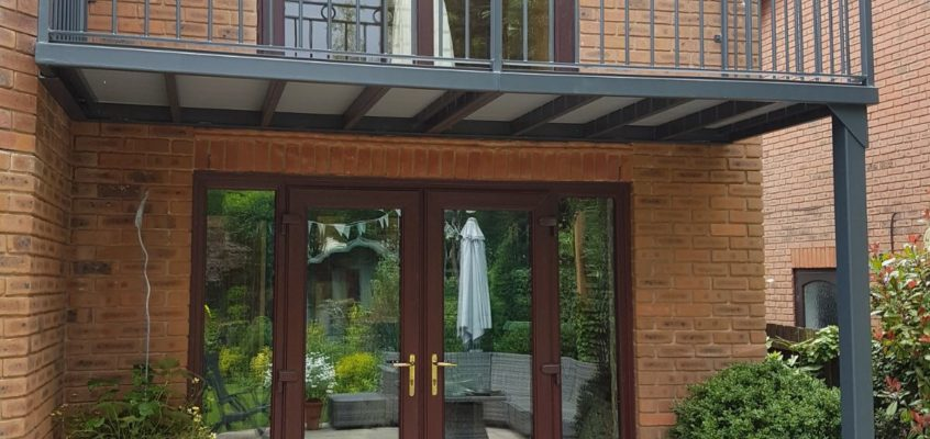 The Benefits of a Residential Balcony