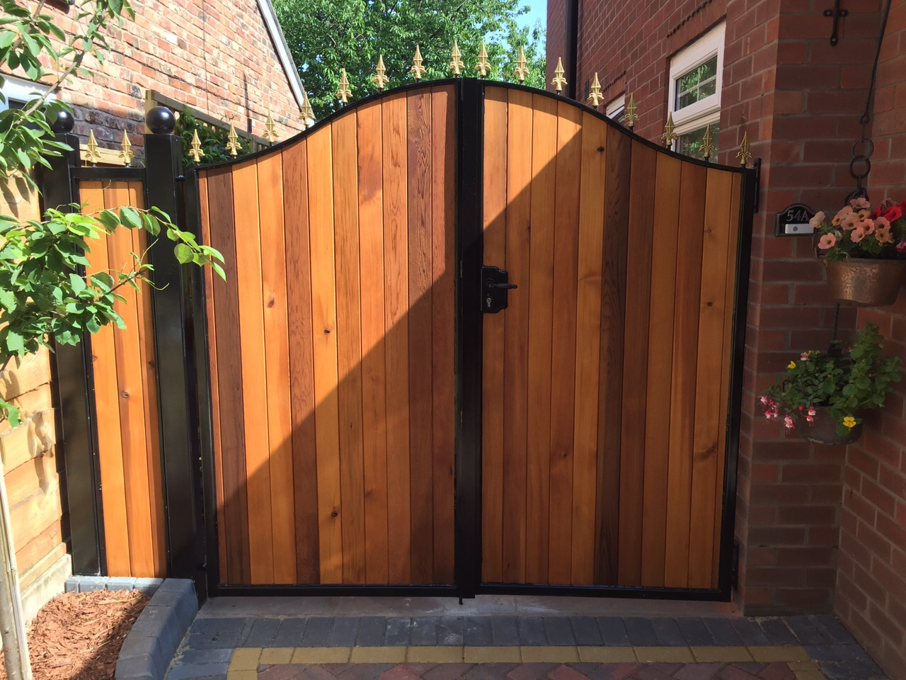 The Lowdown of Wooden Gates