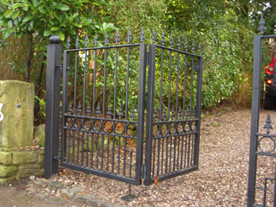 Folding Gates Folding Wooden Gates Folding Iron Gates