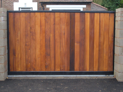 Electric Excellence   Wrought Iron Gates Manchester