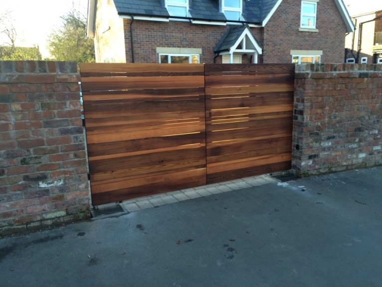 Fixing a Sagging Wooden Gate